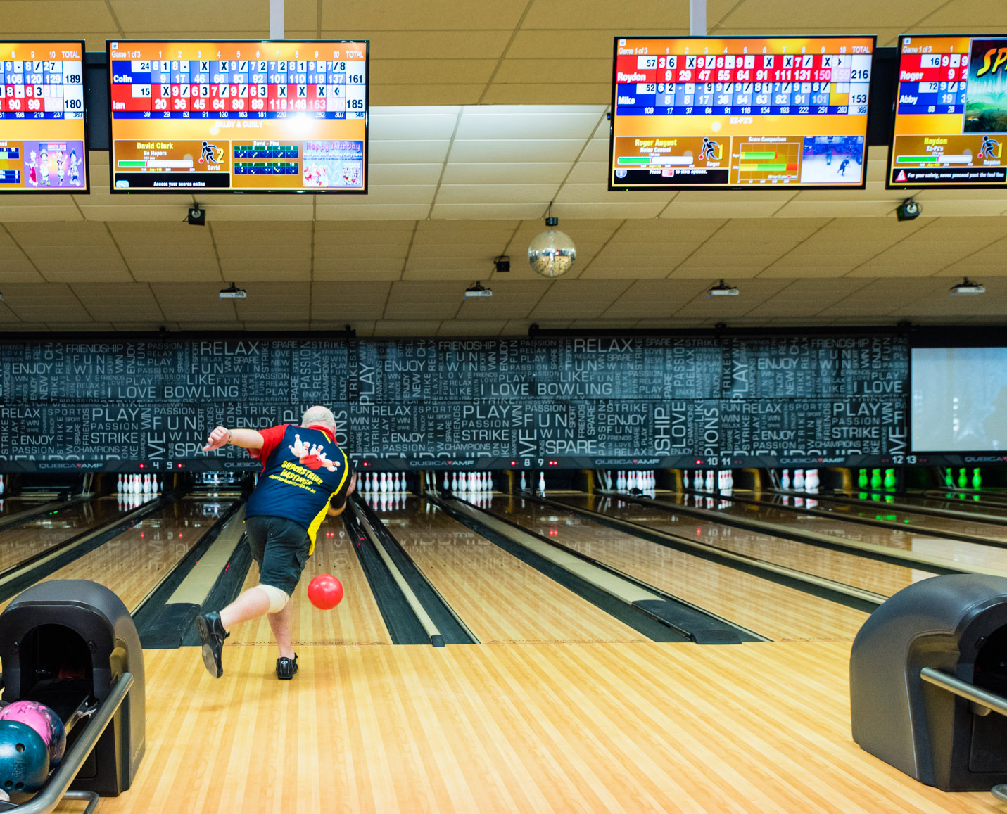 Welcome To Superstrike Bowling